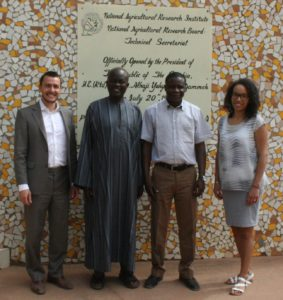 Apuna team with technical MoU Partner National Agricultural Research Institute